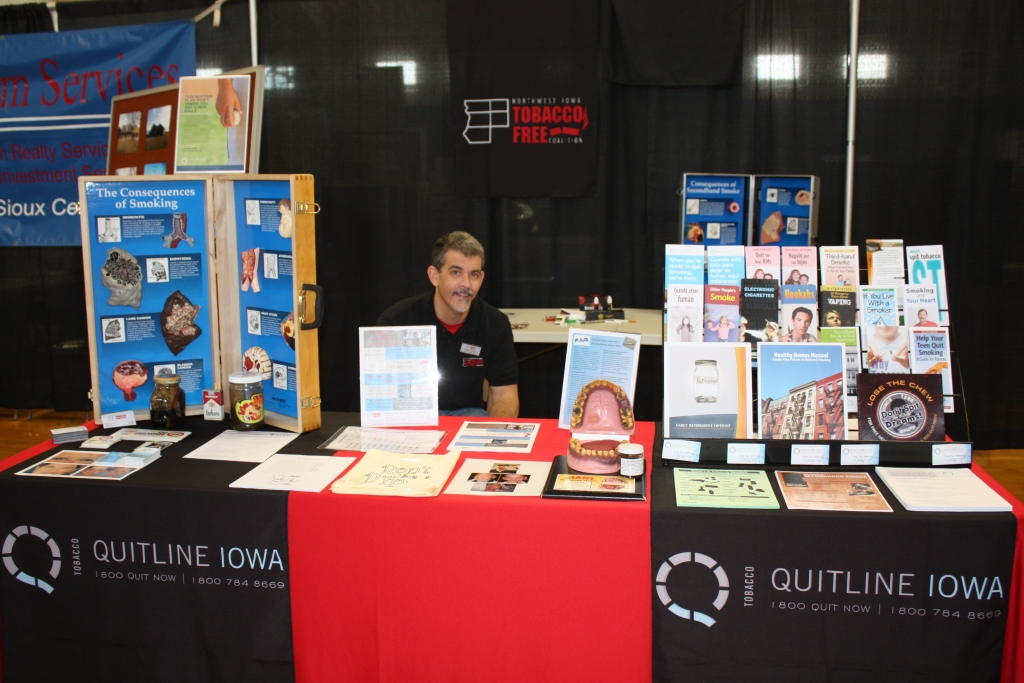 hull-expo-quitline-iowa